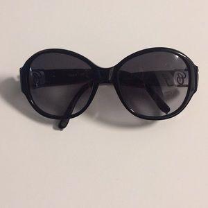 Black Chloe Sunglasses